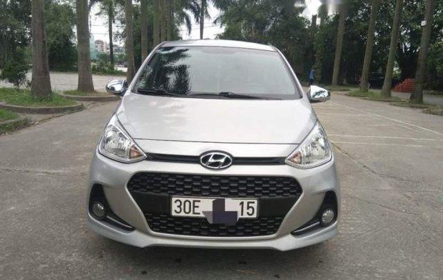 Cần bán Hyundai Grand i10 MT đời 2017, màu bạc, nhập khẩu, xe gia đình sử dụng từ mới0