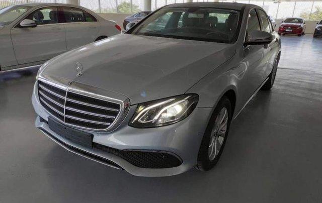 Mercedes-Benz Bình Dương bán xe Mercedes E200 đời 2018, xe nhập0