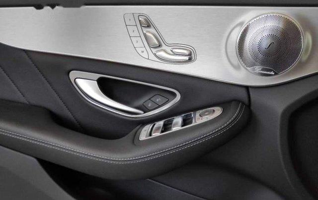Mercedes-Benz Bình Dương bán Mercedes C300 AMG đời 2018, nhập khẩu, đăng ký 13/07/20184