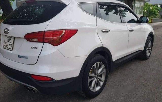 Cần bán Hyundai Santa Fe 2.2 máy dầu, màu trắng Sx 2015, xe tư nhân chính chủ1