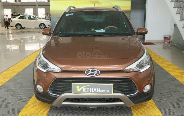 Cần bán xe Hyundai i20 Active năm sản xuất 2015, màu nâu, nhập khẩu nguyên chiếc giá cạnh tranh1