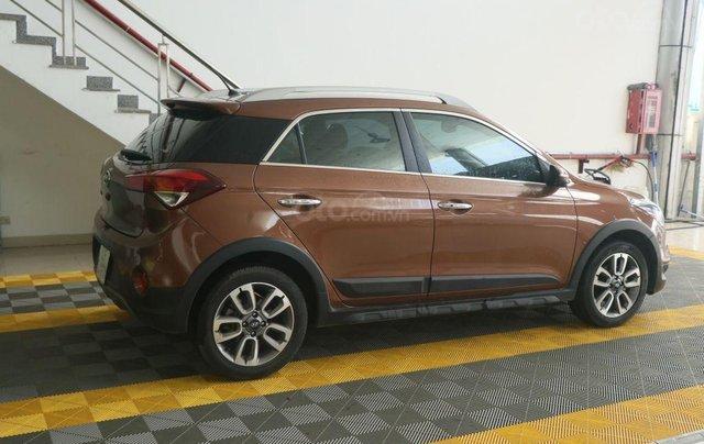 Cần bán xe Hyundai i20 Active năm sản xuất 2015, màu nâu, nhập khẩu nguyên chiếc giá cạnh tranh3