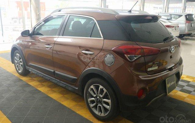 Cần bán xe Hyundai i20 Active năm sản xuất 2015, màu nâu, nhập khẩu nguyên chiếc giá cạnh tranh5