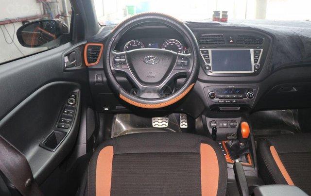 Cần bán xe Hyundai i20 Active năm sản xuất 2015, màu nâu, nhập khẩu nguyên chiếc giá cạnh tranh9