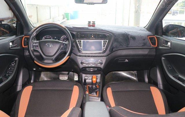 Cần bán xe Hyundai i20 Active năm sản xuất 2015, màu nâu, nhập khẩu nguyên chiếc giá cạnh tranh8