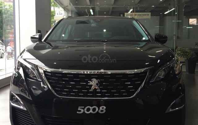 Bán xe Peugeot 5008 đời 2019, màu đen0