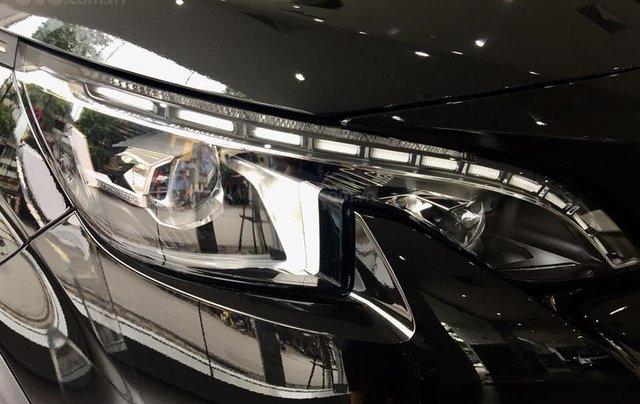 Bán xe Peugeot 5008 đời 2019, màu đen4