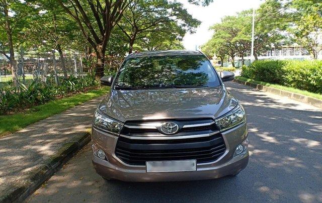Bán ô tô Toyota Innova 2.0E 2018, màu ghi, xe gia đình cần bán lại giá 710 triệu0