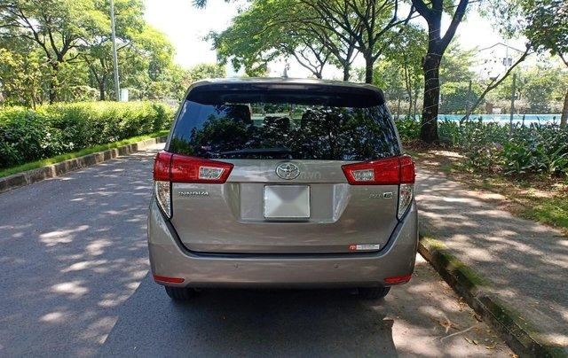Bán ô tô Toyota Innova 2.0E 2018, màu ghi, xe gia đình cần bán lại giá 710 triệu3