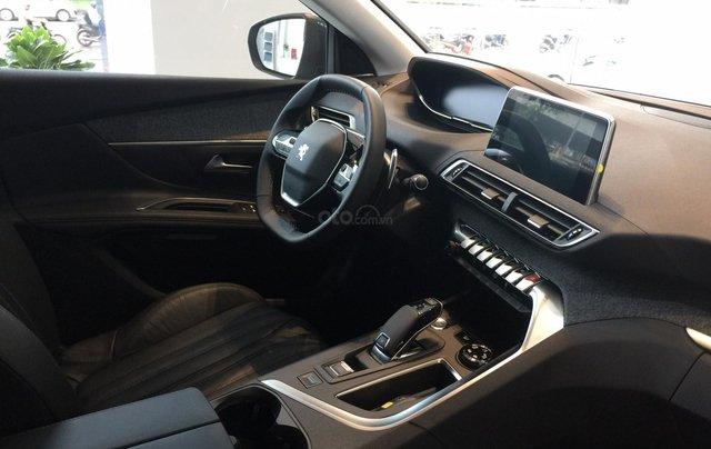 Cần bán Peugeot 3008 năm sản xuất 2019, màu đen3