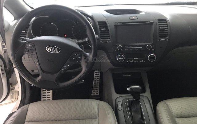 Bán Kia K3 1.6AT màu trắng, sản xuất 2016 biển Sài Gòn đi 33000km, xe đẹp2