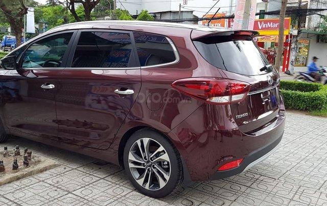Cần bán xe Kia Rondo GAT đời 2019, màu nâu, 669 triệu6