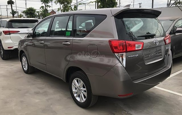 Cần bán Toyota Innova 2.0G  AT năm sản xuất 2019, giá 807tr1