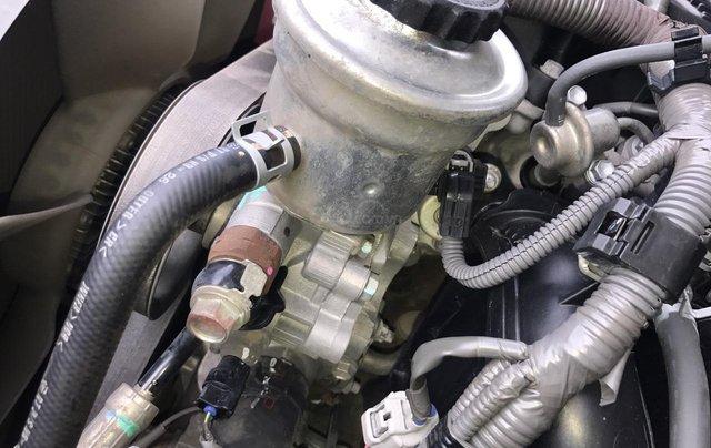 Cần bán Toyota Innova G năm 2011, màu bạc. Xe thuộc loại xuất sắc9