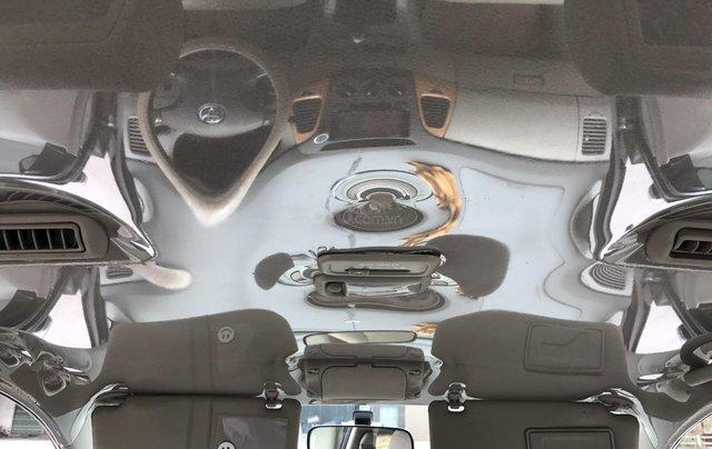 Cần bán Toyota Innova G năm 2011, màu bạc. Xe thuộc loại xuất sắc20