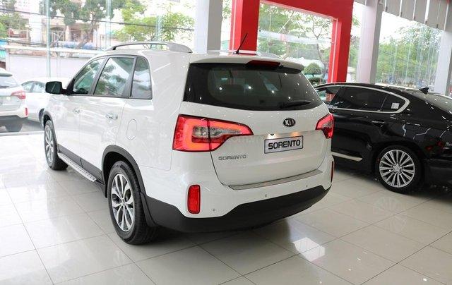 Bán ô tô Kia Sorento D năm sản xuất 2019, màu trắng, giá tốt1
