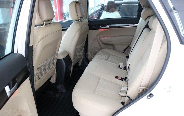 Bán ô tô Kia Sorento D năm sản xuất 2019, màu trắng, giá tốt4