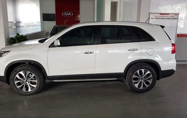 Bán ô tô Kia Sorento D năm sản xuất 2019, màu trắng, giá tốt9