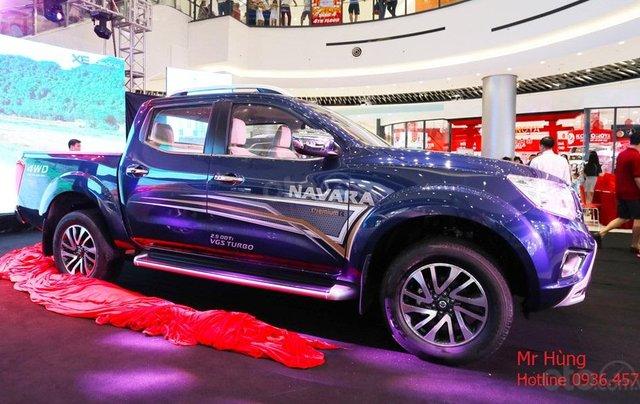 Bán xe Nissan Navara VL sản xuất năm 2019, màu xanh lam, nhập khẩu Thái0