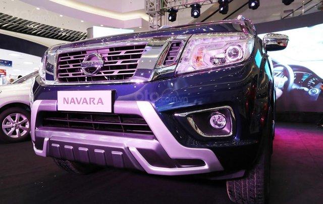 Bán xe Nissan Navara VL sản xuất năm 2019, màu xanh lam, nhập khẩu Thái5