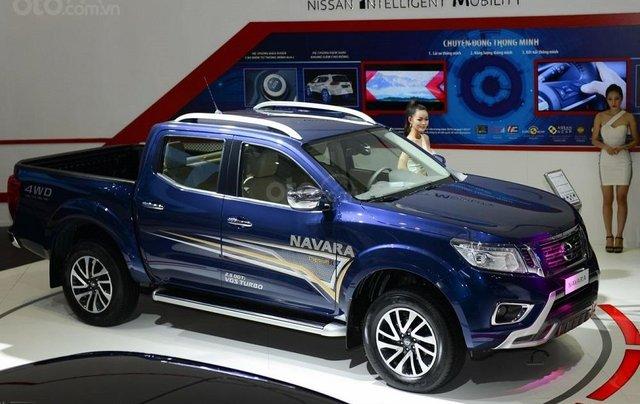 Bán xe Nissan Navara VL sản xuất năm 2019, màu xanh lam, nhập khẩu Thái6