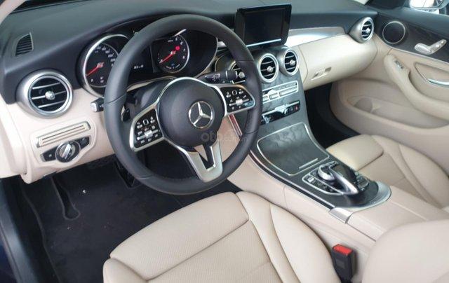 Bán Mercedes C200 mới 2019, ngân hàng hỗ trợ 80%, nhiều ưu đãi3