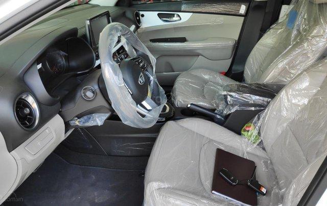 Kia Cerato - Giảm giá tiền mặt + Tặng bảo hiểm thân xe + Phụ kiện - Liên hệ PKD Kia Thảo Điền 0961.563.5937
