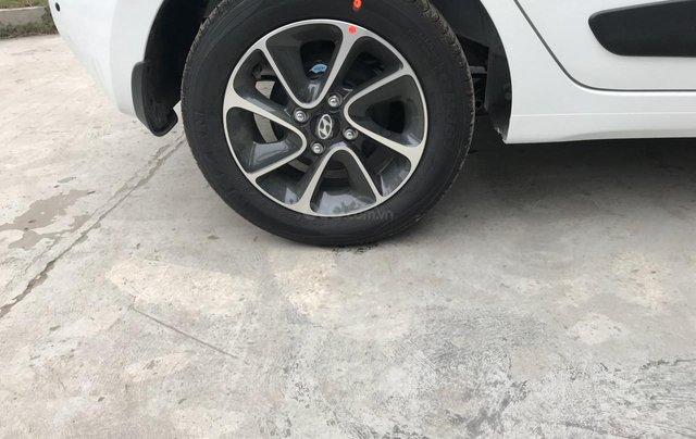 Bán xe Hyundai Grand I10 sx 2019 số tự động giá rẻ nhất, trả góp 90%1