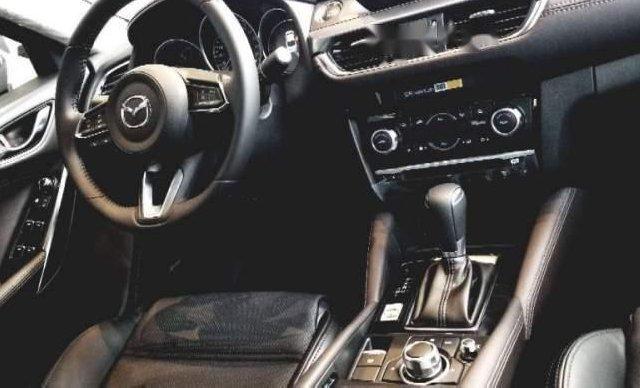 Bán Mazda 6 2.0 Prenium 2019, màu trắng2