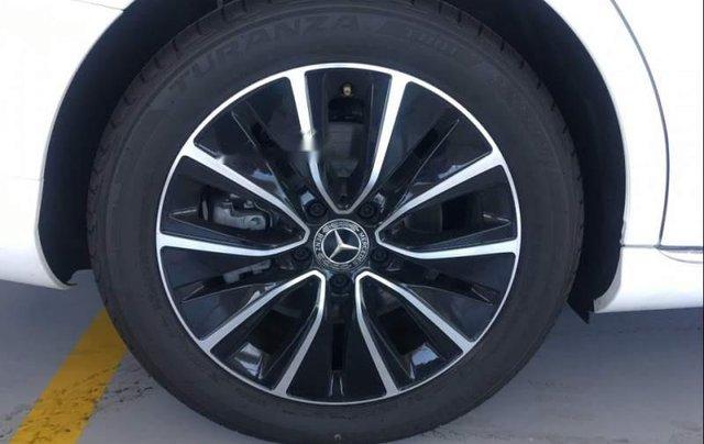 Bán Mercedes C200 năm sản xuất 2019, màu trắng, nhập khẩu, mới 100%4
