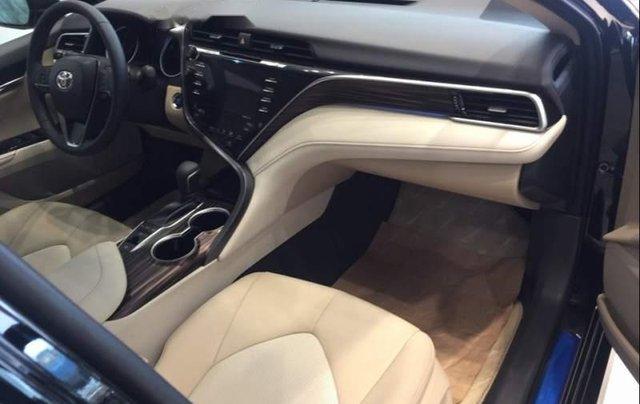 Bán Toyota Camry 2019, trải nghiệm phong cách sống đẳng cấp, sang trọng3
