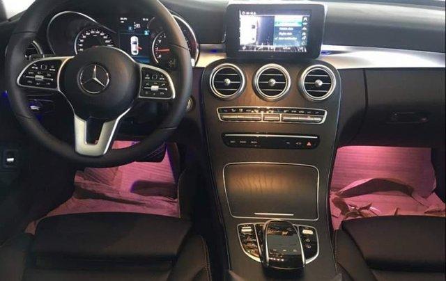 Bán Mercedes C200 năm sản xuất 2019, màu trắng, nhập khẩu, mới 100%3