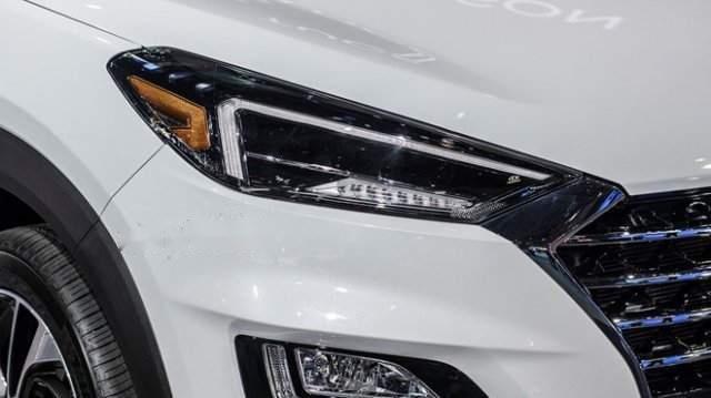 Bán xe Hyundai Tucson 2019, màu trắng, mới hoàn toàn5