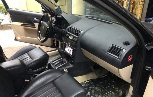Cần bán Ford Mondeo Sx 2005 số tự động 2.0, 4 máy tiết kiệm xăng4