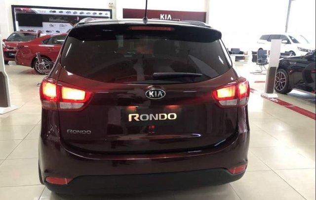 Bán Kia Rondo sản xuất năm 2019, màu đỏ, mới 100%4