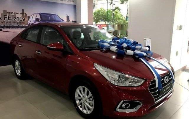 Cần bán Hyundai Accent năm sản xuất 2019, màu đỏ, xe có sẵn đủ màu giao ngay - giá hấp dẫn0