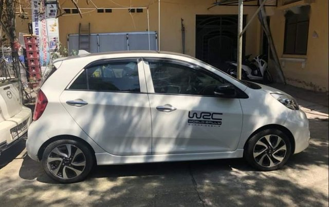 Bán chiếc xe Kia Morning 1.25 màu trắng chính chủ0