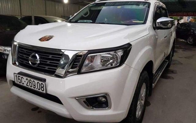 Bán Nissan Navara năm 2017, màu trắng, xe cam kết chưa từng sơn lại2