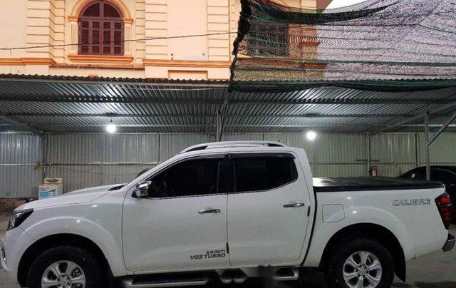 Bán Nissan Navara năm 2017, màu trắng, xe cam kết chưa từng sơn lại0