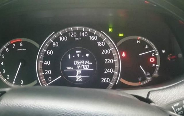 Bán xe Honda Accord nhập khẩu Thái Lan, biển HCM, gia đình đi sử dụng kỹ, đi ít2