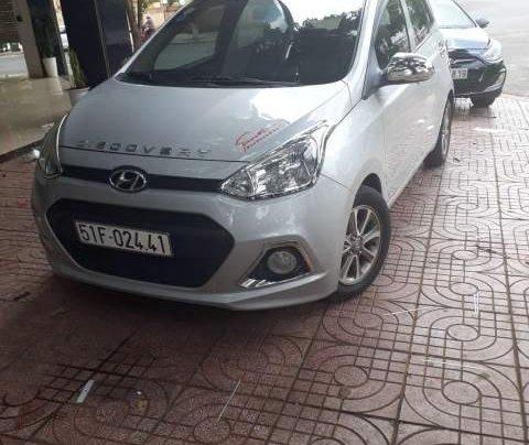 Bán xe Hyundai Grand i10 sản xuất 2014, màu bạc, nhập khẩu  2