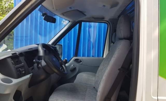 Cần bán Ford Transit sản xuất 2010, màu bạc, xe đang vận hành2