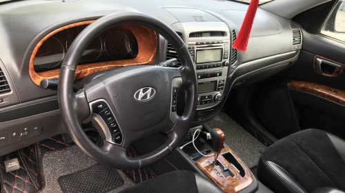 Bán Hyundai Santa Fe 2.0 AT đời 2009, màu đen, 640tr 3