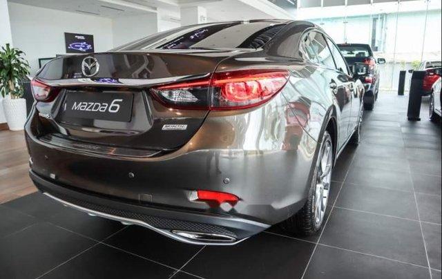 Bán Mazda 6 2.5 sản xuất năm 2018, màu nâu4