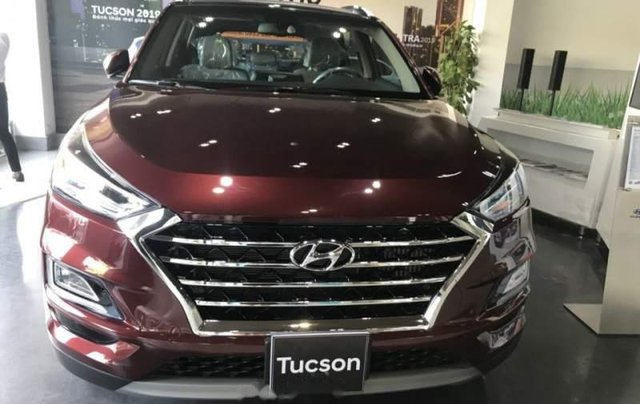 Bán Hyundai Tucson đời 2019, màu đỏ, mới 100%0