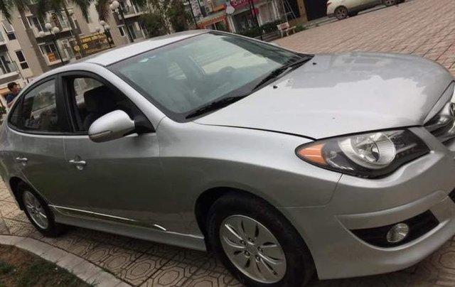 Bán ô tô Hyundai Avante MT sản xuất năm 2015, màu bạc, xe đẹp4
