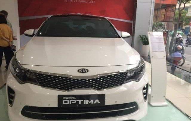 Bán Kia Optima 2.4 GT-Line đời 2019, màu trắng, hoàn toàn mới0