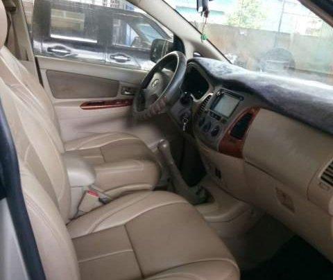 Cần bán gấp Toyota Innova MT đời 2008, màu bạc, nhập khẩu nguyên chiếc, giá 335tr5