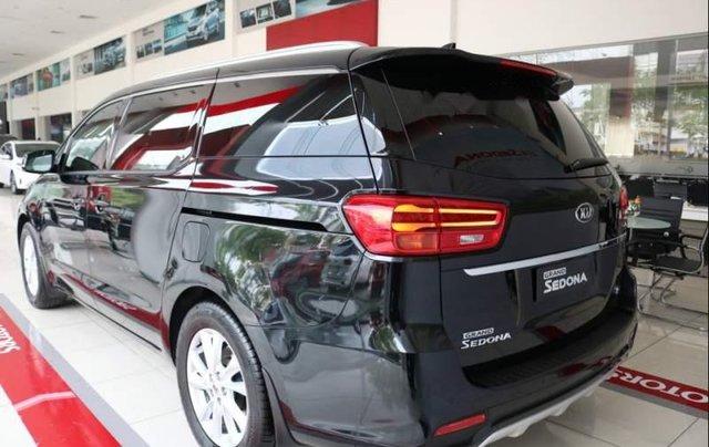 Cần bán Kia Sedona Luxury năm 2018, xe hoàn toàn mới4