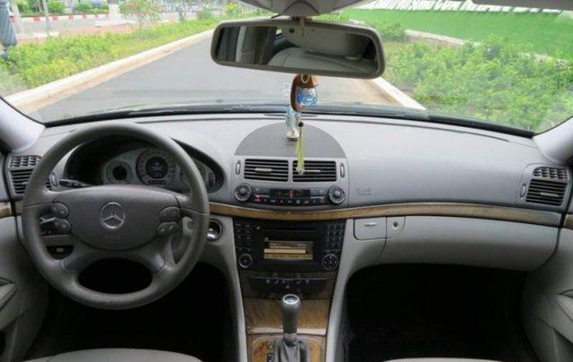 Bán xe Mercedes Benz E200 2009, mình mua mới 1 chủ 4 số3
